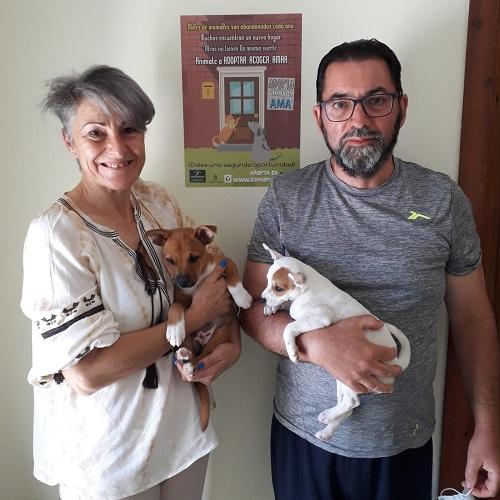 ¡Evita y Lila adoptadas!