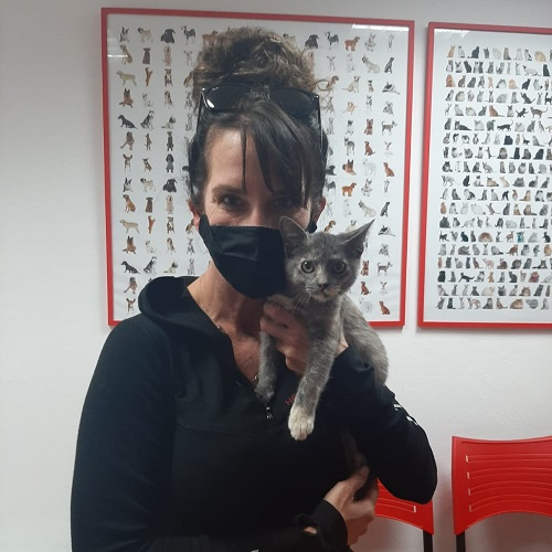 ¡Leonora adoptada!
